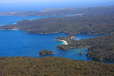 Abrahams Bosom, Stewart Island, sails tours